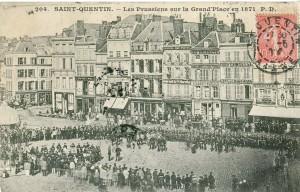 PD_204_-_SAINT-QUENTIN_-_Les_Prussiens_sur_la_Grand'Place_en_1871